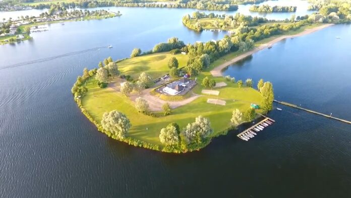 Blokhutboot heeft er een nieuwe locatie bij: De Gouden Ham - BootAanBoot.nl